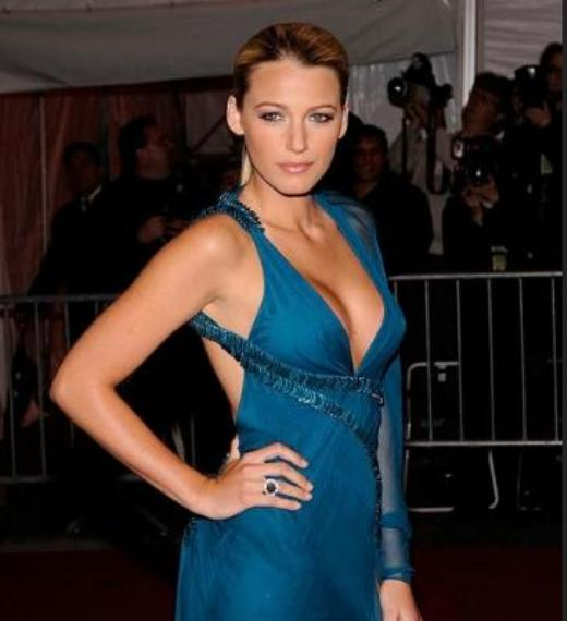 Blake Lively Breast Implant Pic Blake Lively Breast Implants Rumor   Before and After
