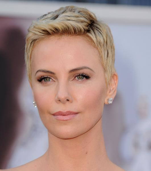 Charlize Theron Plastic Surgery Did Charlize Theron Have Plastic Surgery?